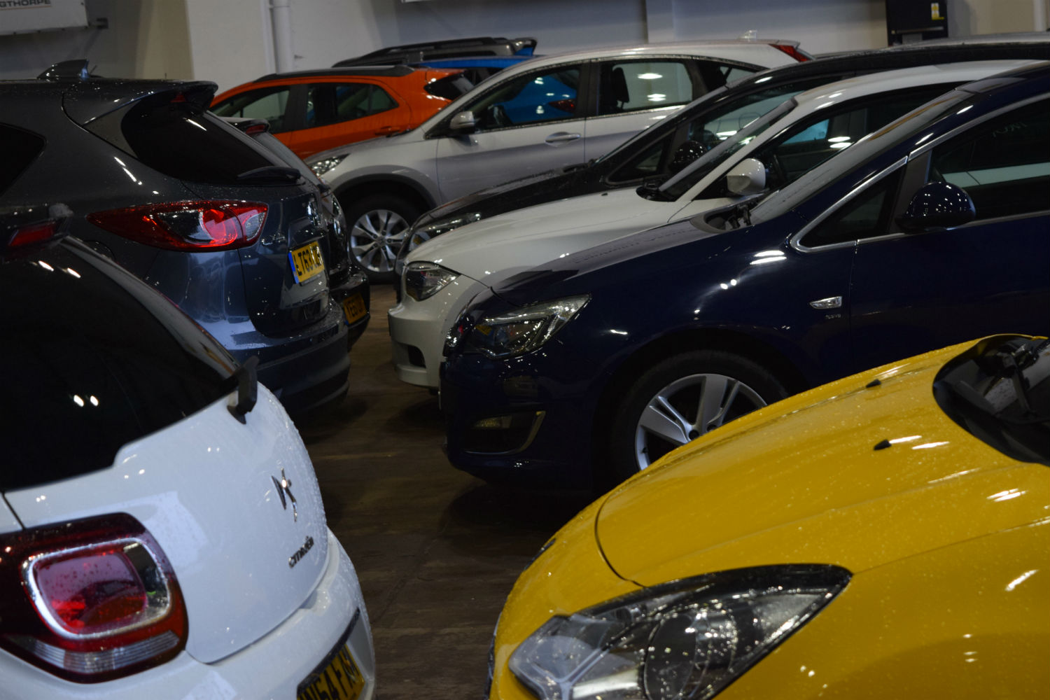 Vehicles available at Manheim and Motors.co.uk