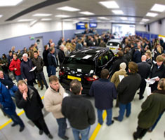 Join the croud at Manheim's UK auction centres