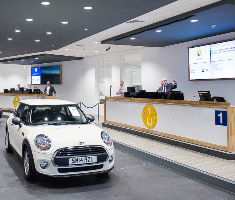 Manheim Bruntingthorpe's first car auction since relaunching