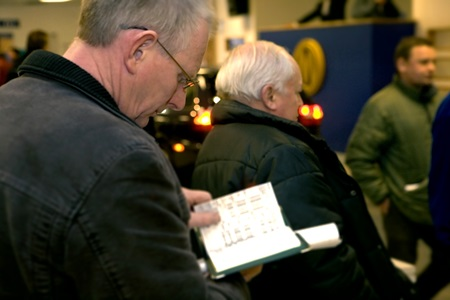 A customer at Manheim Auctions