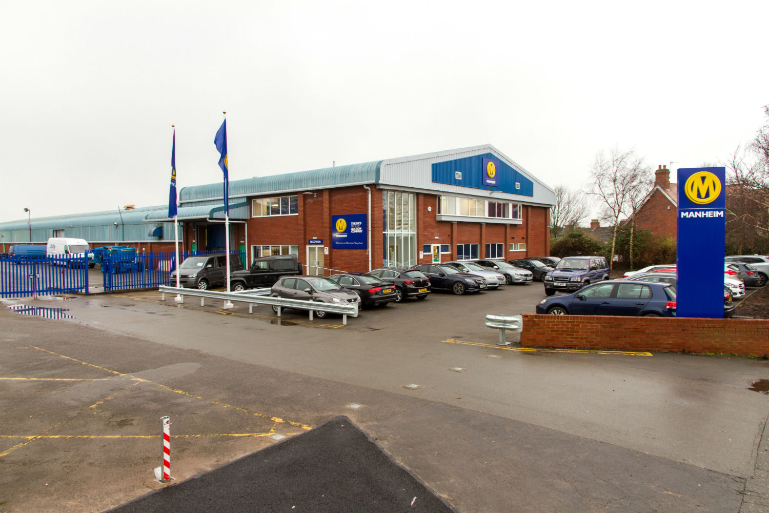 Manheim Shepshed - the entrance to the commercial vehicle auction centre